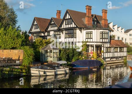 Marlow, a picturesque market town in Buckinghamshire, England, UK, on the River Thames - Stock Photo