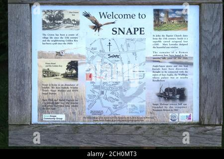 Snape, Suffolk, UK - 13 September 2020: Sunny Sunday autumn afternoon by the River Alde at Snape. Information board and map. - Stock Photo