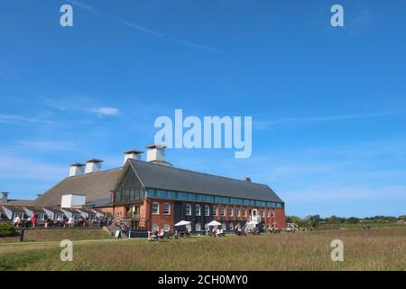 Snape, Suffolk, UK - 13 September 2020: Sunny Sunday autumn afternoon by the River Alde at Snape Maltings. - Stock Photo