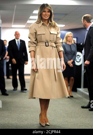 U.S. first lady Melania Trump visits the Federal Emergency Management Agency (FEMA) with President Donald Trump as she appears in public for the first time in almost a month in Washington, U.S., June 6, 2018. REUTERS/Carlos Barria - Stock Photo