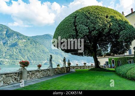Italy. Lombardy. Lake Como. Around the village of Leno. The Balbianello villa on the Lavedo peninsula. The gardens