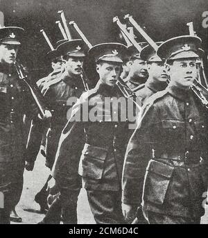 The Prince of Wales, later King Edward VIII, with his regiment in World War I - Stock Photo