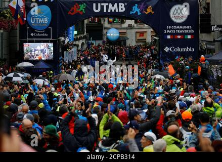 Contestants wait for the start the 16th Ultra-Trail du Mont-Blanc (UTMB) race in Chamonix, France August 31, 2018.  REUTERS/Denis Balibouse