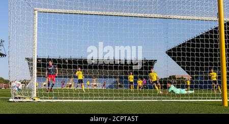 Oxford, UK. 19th Sep, 2020. Lynden Gooch of Sunderland finds the net during during the Sky Bet League 1 behind closed doors match between Oxford United and Sunderland at the Kassam Stadium, Oxford, England on 19 September 2020. Photo by Nick Browning/PRiME Media Images. Credit: PRiME Media Images/Alamy Live News - Stock Photo