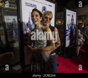 Cast members Sandra Bullock and Billy Bob Thornton pose at the premiere of 'Our Brand Is Crisis' in Hollywood, California October 26, 2015. The movie opens in the U.S. on October 30.  REUTERS/Mario Anzuoni - Stock Photo