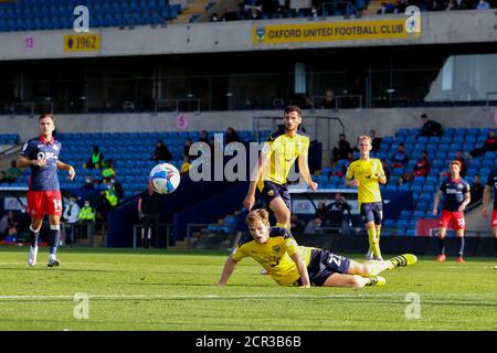 Oxford, UK. 19th Sep, 2020. Rob Atkinson of Oxford United heads clear during the Sky Bet League 1 behind closed doors match between Oxford United and Sunderland at the Kassam Stadium, Oxford, England on 19 September 2020. Photo by Nick Browning/PRiME Media Images. Credit: PRiME Media Images/Alamy Live News - Stock Photo