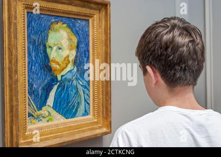 Washington DC National Gallery of Art, Vincent van Gogh painting, adolescent teen boy looks looking American Americans, self portrait,