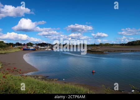 Melton, Suffolk, UK - 24 September 2020: Bright warm autumn afternoon beside the River Deben. - Stock Photo