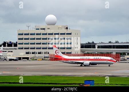 Japan Transocean Air, JTA, Boeing, B-737/400, JA8999, Southwest Air Lines Livery, Naha Airport, Okinawa, Ryukyu Islands, Japan