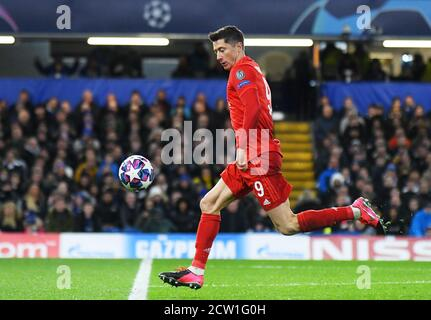 LONDON, ENGLAND - FEBRUARY 26, 2020: Robert Lewandowski of Bayern pictured during the 2019/20 UEFA Champions League Round of 16 game between Chelsea FC and Bayern Munich at Stamford Bridge.