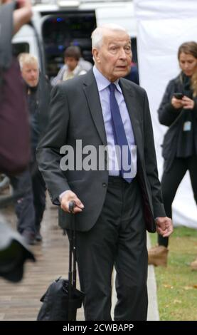 Frank Field, arrives for media interviews after returning to parliament after the prorogation was annulled by the Supreme Court. 25th September 2019. Frank Field (born 1942), British politician who has been the Member of Parliament (MP) for Birkenhead since 1979, serving as a Labour Party MP until August 2018 and thereafter as an Independent. - Stock Photo