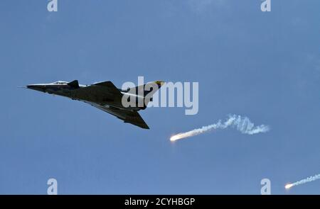 A U.S. Air Force Viper West demo team F-16 Falcon flies over a military parade as part of the F-AIR COLOMBIA 2011 air festival in Rionegro July 6, 2011. REUTERS/Albeiro Lopera (COLOMBIA - Tags: TRANSPORT MILITARY)