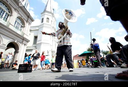 Mark Smith with the Jackson Square All-Stars performs during the 29th annual French Quarter Festival in New Orleans, Louisiana April 14, 2012. More than 500,000 people are expected to pack the French Quarter this weekend. REUTERS/Sean Gardner (UNITED STATES - Tags: SOCIETY) Stock Photo