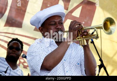 Musician Kermit Ruffins performs during the 29th annual French Quarter Festival in New Orleans, Louisiana April 14, 2012. More than 500,000 people are expected to pack the French Quarter this weekend. REUTERS/Sean Gardner (UNITED STATES - Tags: ENTERTAINMENT SOCIETY TRAVEL) Stock Photo