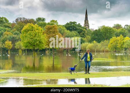UK Weather. London, UK. Saturday, October 3, 2020. Brent Valley golf course in Hanwell, London, is flooded the day after heavy rain caused the river Brent to flood. Photo: Roger Garfield/Alamy Live News - Stock Photo
