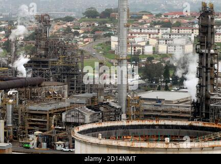 Early Morning View Of An Oil Refinery Near The Sea Stock Photo Alamy