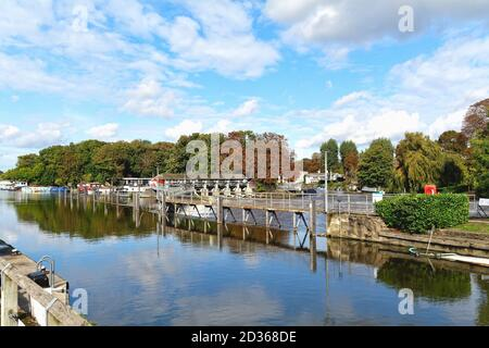 The weir at Molesey lock on the River Thames at Hampton Court, greater London England UK
