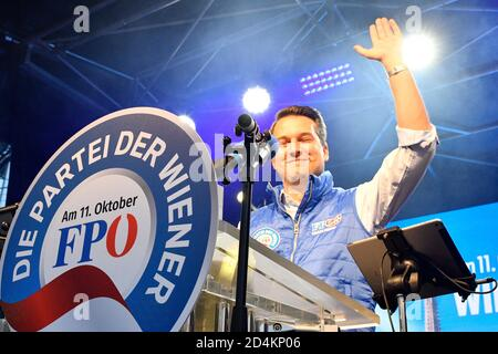Vienna, Austria. 09th Oct, 2020. Final election campaign of the FPÖ (Freedom Party Austria) for the mayoral elections on October 11, 2020. The picture shows FPÖ Vice Mayor Dominik Nepp. Credit: Franz Perc / Alamy Live News