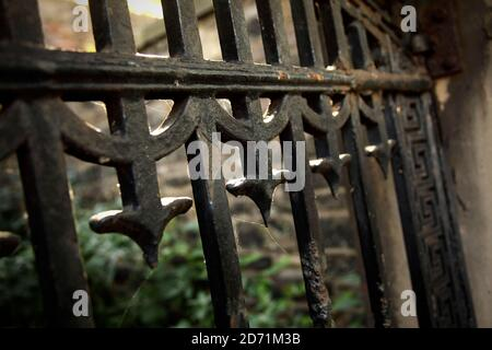 Old iron gates in Greyfriars Kirkyard, Edinburgh, Scotland. - Stock Photo