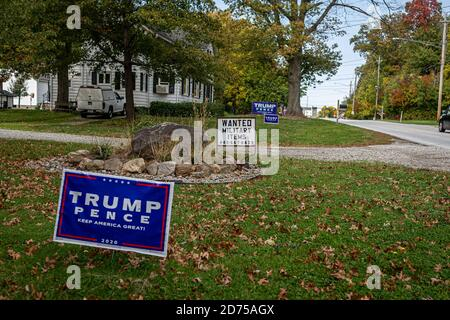 Flags, signage, and various political products reveal America's contentious allegiances leading up to the 2020 Presidential election. (Photo by Michael Nigro/Sipa USA) Credit: Sipa USA/Alamy Live News - Stock Photo