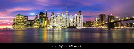 New York, USA - October 10, 2017 - Skyline of Manhattan downtown, New York City, with skyscrapers and Brooklyn bridge Stock Photo