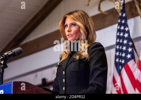 Wapwallopen, PA – OCTOBER 31: U.S. First Lady Melania Trump speaks to President Trump's supporters at a 'Make America Great Again' campaign rally even - Stock Photo