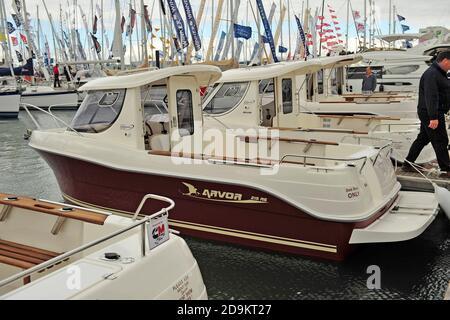 Arvor sport fishing boat