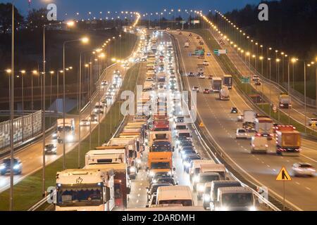 Traffic jam on Expressway S6 called Obwodnica Trojmiasta (Tricity Beltway) to Autostrada A1 in Gdansk, Poland. November 3rd 2020 © Wojciech Strozyk /