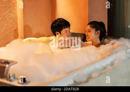 Couple Taking Bath In A Bathtub Concept About Couples And Love Stock Photo Alamy
