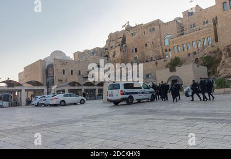 jerusalem-israel. 30-10-2020. Border Police officers, patrolling the plaza near the Western Wall - Stock Photo