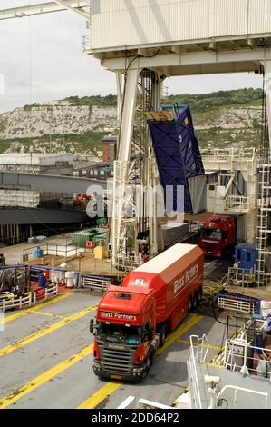 AJAXNETPHOTO.  JUNE, 2015. DOVER, ENGLAND. - ROAD FREIGHT TRUCKS BOARDING A CROSS CHANNEL FERRY TO DUNKERQUE.PHOTO:JONATHAN EASTLAND/AJAX REF:D121506_2413 - Stock Photo