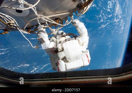 NO FILM, NO VIDEO, NO TV, NO DOCUMENTARY - Astronaut Patrick Forrester, STS-117 mission specialist, participates in the mission's fourth and final session of extravehicular activity (EVA), as construction continued on the International Space Station, June 17, 2007. Photo courtesy of NASA/MCT/ABACAPRESS.COM