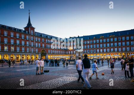 Historic town square, Plaza Mayor, at evening. Madrid, Comunidad de Madrid, Spain, Europe - Stock Photo