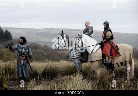 TAYLOR-JOHNSON,SPRUELL,HOWLE, OUTLAW KING, 2018 © NETFLIX
