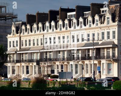 A terrace of seafront houses in Hove, Brighton - Stock Photo