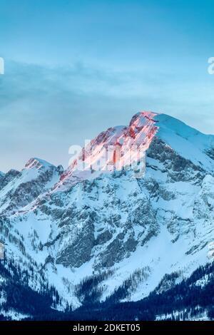 Sunrise on the Hoher Goell / Hoher Göll mountain, Berchtesgaden Alps, on the border of Bavaria and Salzburg, Austria / Germany, Europe - Stock Photo