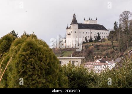 Ottensheim Castle - Sights And Castles In Austria