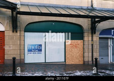 Retail shops that have closed on the High Street  around the Town Centre in Preston, Lancashire, UK. - Stock Photo