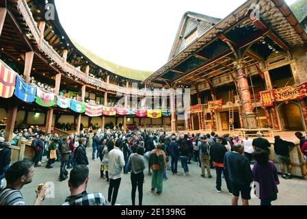 London, UK. 07th Sep, 2019. The entrance to Shakespeare's Globe Theatre. The performances take place in the open air. Credit: Waltraud Grubitzsch/dpa-Zentralbild/ZB/dpa/Alamy Live News