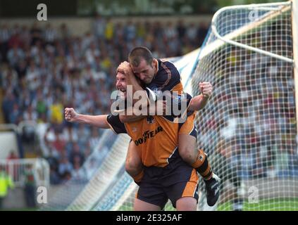 WEST BROMWICH ALBION V WOLVES AT THE HAWTHORNS 2-4 Pic Dave Bagnall. Iwan Roberts celebrates his hat-trick with Steve Bull on his back. - Stock Photo