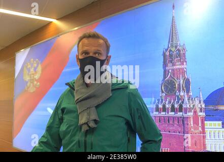 Russian opposition leader Alexei Navalny speaks with journalists upon the arrival at Sheremetyevo airport in Moscow, Russia January 17, 2021. REUTERS/Polina Ivanova