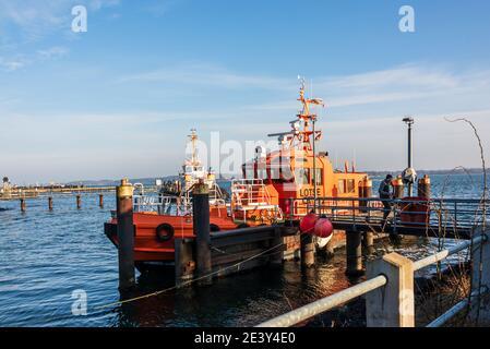 Impressionen aus Kiel Der Tiessenkai in Kiel-Holtenau am Eingang zur Kieler Schleuse in den Nord-Ostsee-Kanal