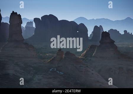 GARDEN OF EDEN  ARCHES NATIONAL PARK MOAB UTAH