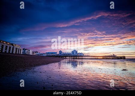 Sunrise at South parade pier in Southsea, Portsmouth - Stock Photo
