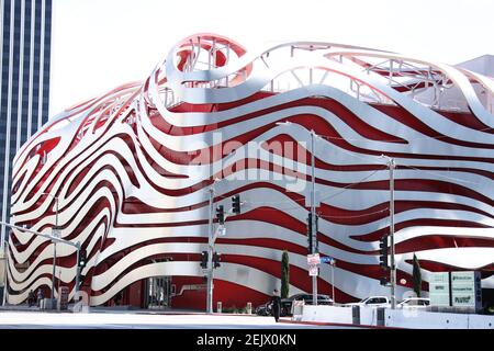 BEVERLY HILLS, LOS ANGELES, CALIFORNIA, USA - MARCH 21: Petersen Automotive Museum, temporarily closed due to the coronavirus, two days after the 'Safer at Home' order issued by both Los Angeles Mayor Eric Garcetti at the county level and California Governor Gavin Newsom at the state level on Thursday, March 19, 2020 which will stay in effect until at least April 19, 2020 amid the Coronavirus COVID-19 pandemic, March 21, 2020 in Beverly Hills, Los Angeles, California, United States. (Photo by Xavier Collin/Image Press Agency/Sipa USA)