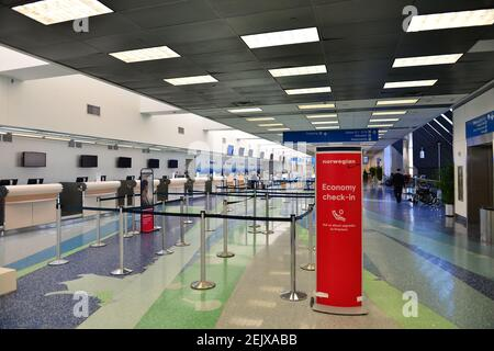 FORT LAUDERDALE, FL - MARCH 23: Empty check in lanes are seen at Fort Lauderdale-Hollywood International Airport amid COVID-19 pandemic on March 23, 2020 in Fort Lauderdale, Florida. Gov. Ron DeSantis issued an order Monday night requiring all incoming air passengers from New York, New Jersey and Connecticut enter Florida to self-quarantine for 14 days. (Photo by JL/Sipa USA) Stock Photo