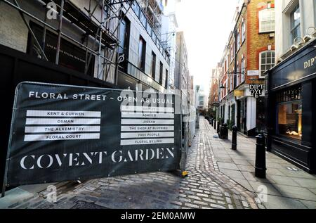 View of a deserted Covent Garden shopping area Street. A week into the second Nationwide Lockdown in England - aka Lockdown 2.0 - streets in some usually busy tourist and hospitality areas in London are virtually deserted and travel around the city is much reduced. (Photo by Keith Mayhew / SOPA Images/Sipa USA)