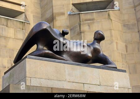 Reclining Woman: Elbow, a sculpture by Henry Moore, outside Leeds Art Gallery - Stock Photo