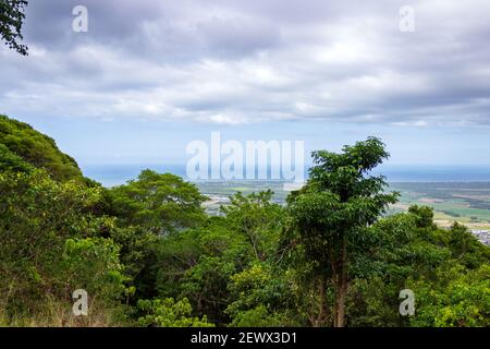 The view from the Henry Ross Lookout near Cairns, Queensland, Australia. - Stock Photo
