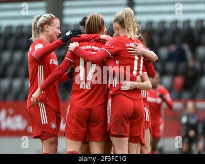 Munich, Germany. 14th Mar, 2020. Torjubel zum 2-0 Glas, Hanna (FC Bayern Muenchen) Bühl, Klara (FC Bayern Muenchen 17) Schüller, Lea (FC Bayern Muenchen 11) Credit: SPP Sport Press Photo. /Alamy Live News